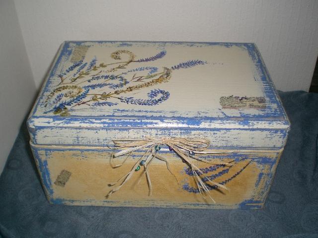 medinė dėžutė Levandos
